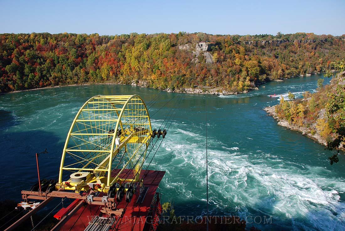 Niagara Falls - Whirlpool Aero Car (Spanish Aero Car)